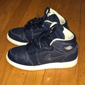Nike Air Jordan 1 Retro High Navy Blue
